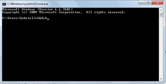 افحص القرص الصلب لإصلاح شاشة الموت الزرقاء 0x0000007e