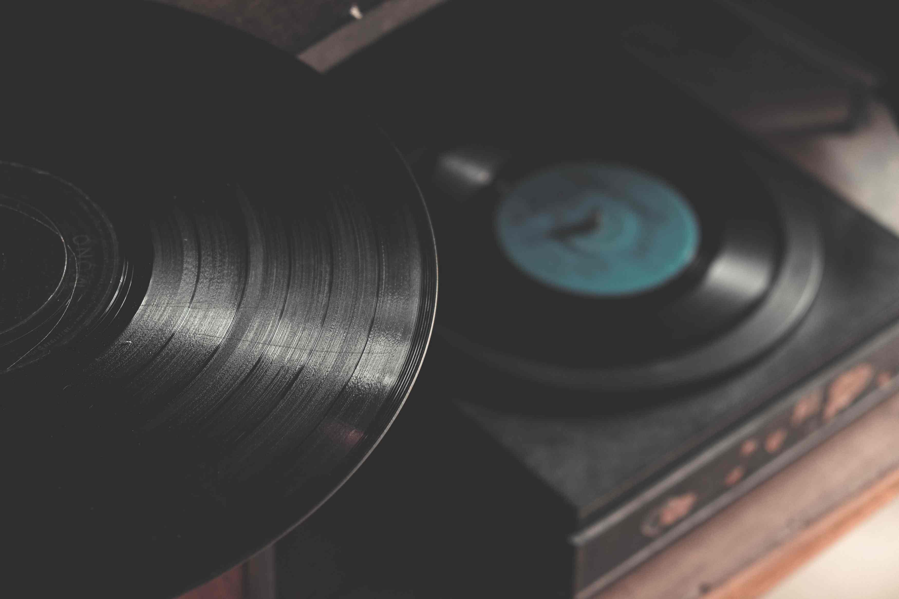 怎么将音频文件转换为SRT字幕文件?